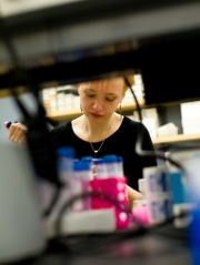 katya heldwein in the lab
